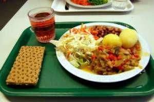 В шведской школе повара попросили хуже готовить