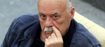 Говорухин с компанией напал на украинскую активистку