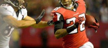 Американский футболист 14 раз промяукал в интервью