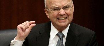 Экс-директор ЦРУ попал в больницу с инсультом