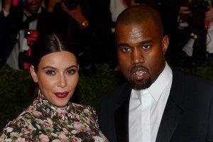 Ким Кардашьян официально стала женой Канье Уэста