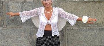 Жена Шаляпина нарядилась в ангела