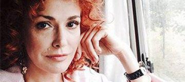Ольга Сумская стала рыжей кудряшкой