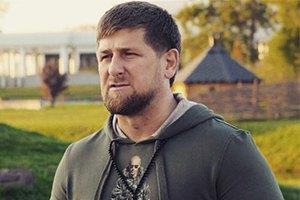 """Рамзан Кадыров подарил """"Ночным волкам"""" мотоциклы"""