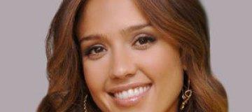 Джессика Альба занялась выпуском памперсов и салфеток
