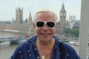 """Моисеев поздравил своего """"брата"""" Элтона Джона с 65-летием"""