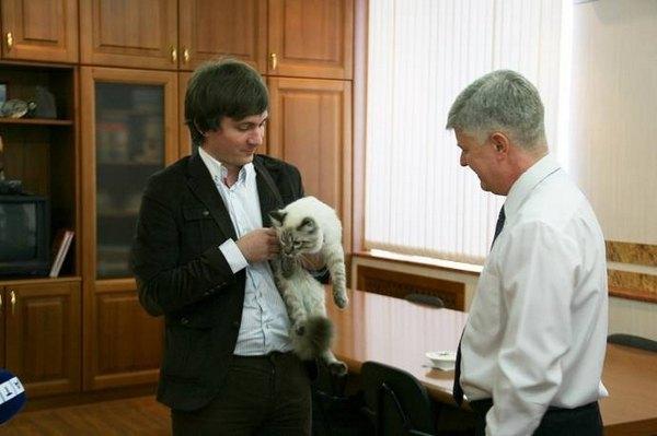 Встреча кота Бублика с мэром Сухого Лога Станислава Суханова
