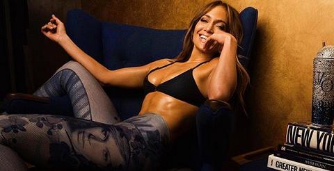 Дженнифер Лопес показала себя в роли стриптизерши