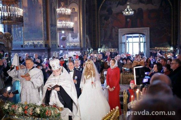 Мишель выбрал для венчания церковь не в родном Глухове, а Владимирский собор, в строительстве которого участвовали его предки
