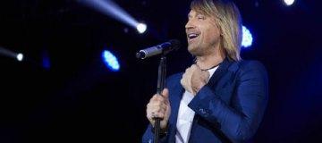 Олег Винник собрал аншлаг на праздничном концерте