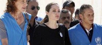 Джоли посетила Иорданию в качестве посла ООН