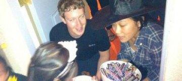 Из Facebook украли личные фото Цукерберга