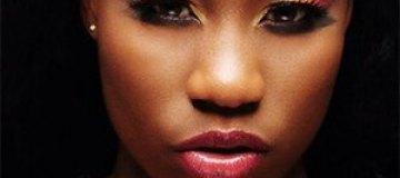 Нигерийская певица предлагает свою девственность за похищенных школьниц