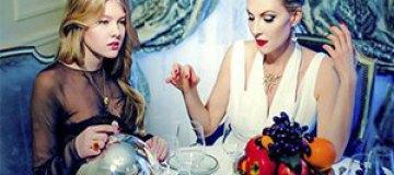 Рената Литвинова с дочкой снялась в рекламе ювелирного бренда