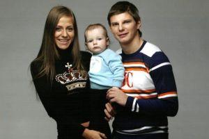 Жена Аршавина не сообщила мужу о рождении ребенка