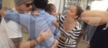 Бывший муж Джей Ло обнимается с ее новым любовником