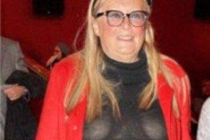 65-летняя жена Михалкова шокировала прозрачным платьем