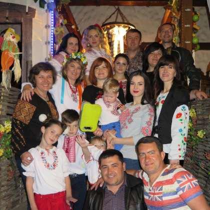 Украинская компания в сердце города русской славы Севастополя