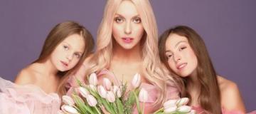 Оля Полякова похвасталась вокальными талантами дочерей