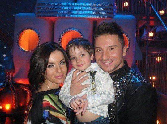 Юлия Волкова с сыном Самиром и двоюродным братом Сергеем Лазаревым