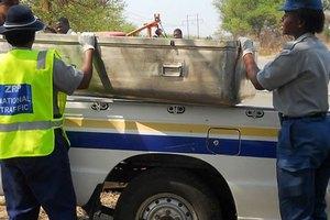 """В Зимбабве """"мертвая"""" проститутка очнулась в гробу"""
