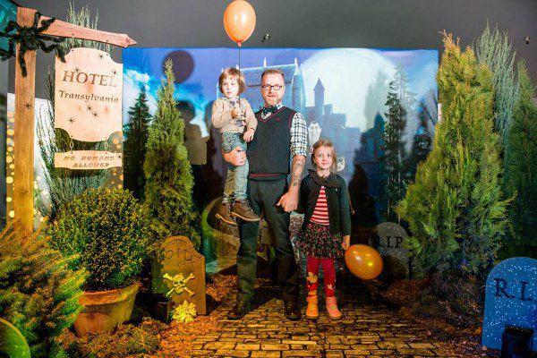 Мухарский с сыном и дочерью