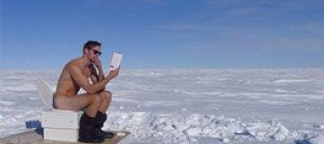 Александр Скарсгаард полностью разделся на Южном полюсе