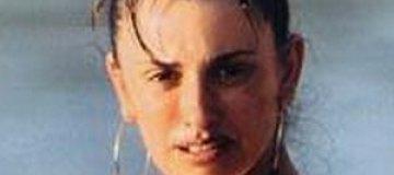 Папарацци подловили беременную Пенелопу Крус на пляже