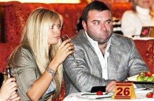 Брежнева разводится с мужем из-за долгов?