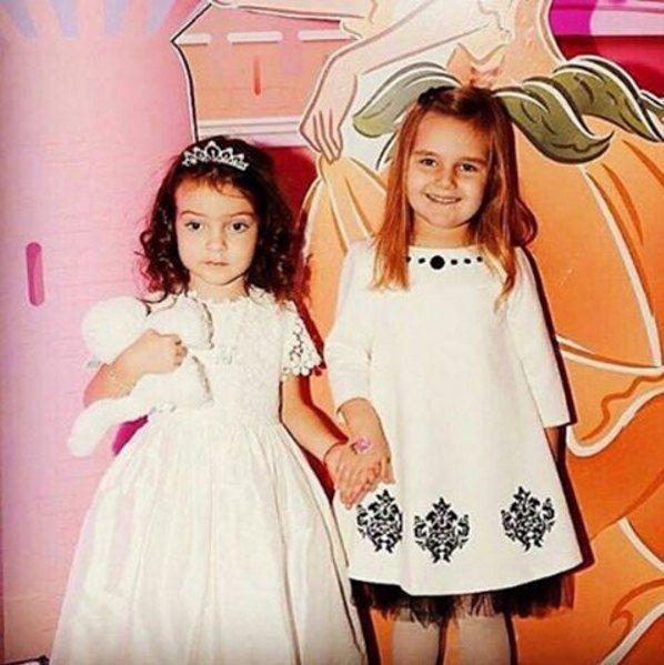 Алла-Виктория и дочь Орбакайте от третьего брака Клавдия