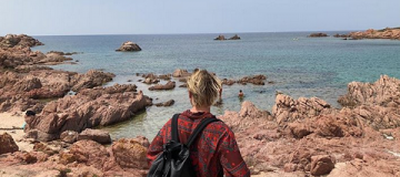 Бадоев с дочкой и бывшей женой отправился отдыхать на Сардинию