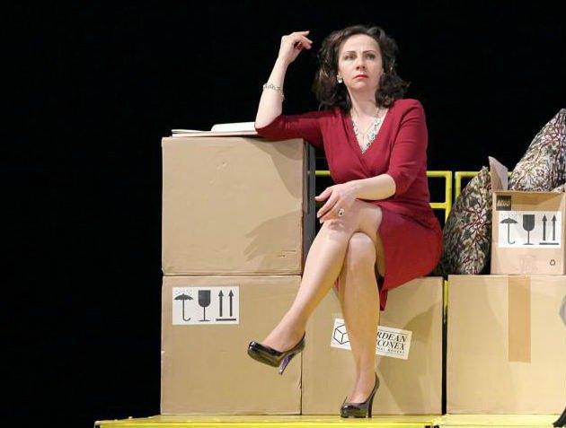Олена Узлюк на сцені
