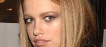 Родители малолетней модели судятся из-за ее откровенных фото