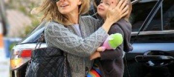 Сара Джессика Паркер прогулялась с детьми