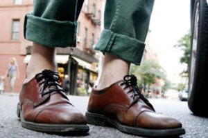 Шведа уволили с работы за закатанные штаны