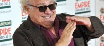 Жена бросила Дэнни Де Вито из-за чрезмерной любвеобильности