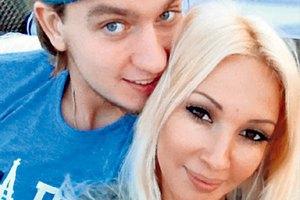 41-летняя Кудрявцева выходит замуж за 25-летнего хоккеиста