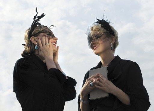 Рената Литвинова и Екатерина Тимофеева