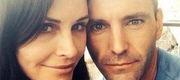 50-летняя Кортни Кокс выходит замуж за 37-летнего рокера