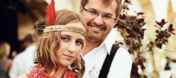 Дочь Пономарева мечтает получить iPhone 5, а певец готовит ей песню