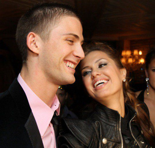 Несмотря на беременность Бони, свадьба сорвалась