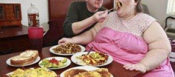 Самая толстая британка выходит замуж за повара