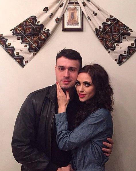 Вика с Иваном в памятный день помолвки