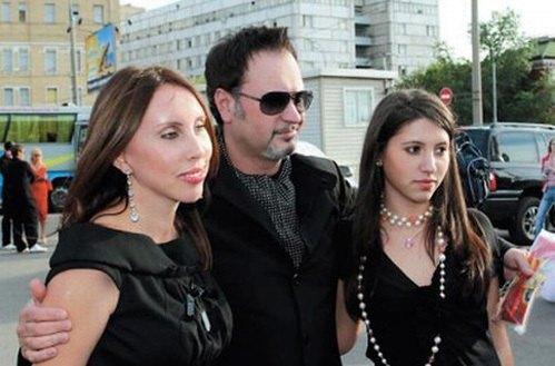 Валерий Меладзе тоже отправил дочь Ингу в Англию