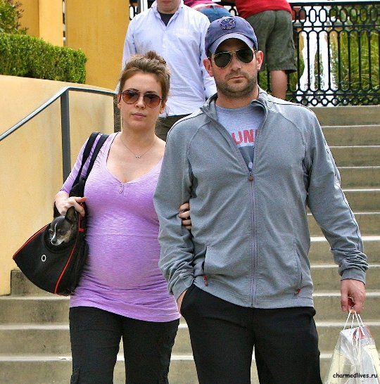 Алисса со вторым мужем и отцом ее ребенка