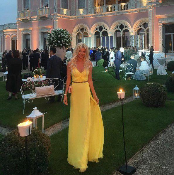 Супермодель Виктория Сильвесдт на вечеринке Bulgary на вилле Эфрусси-де-Ротшильд