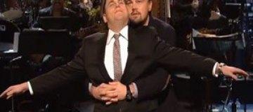 """ДиКаприо воспроизвел сцену из """"Титаника"""" с мужчиной"""