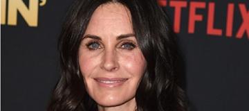54-летняя Кортни Кокс отказалась от уколов красоты