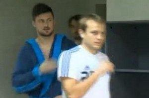 Милевский пришел на представление нового тренера в банном халате