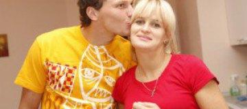 Жена Андрея Пятова впервые поцеловала мужа за отбитый пенальти